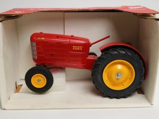 MASSEY HARRIS SUPER 101 TRACTOR COllECTORS EDITION