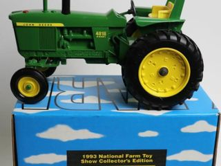 JOHN DEERE 4010 DIESEl TRACTOR 1993 NATIONAl FARM