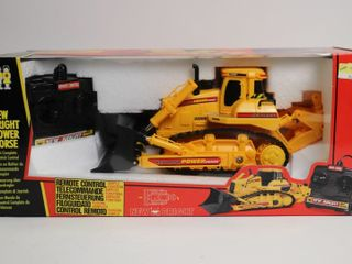 RC DOZER 1 32 NEW BRIGHT