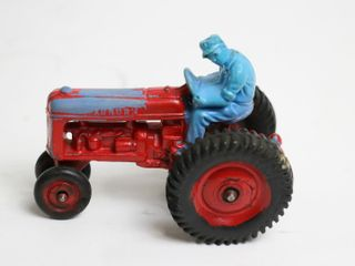 AUBURN PlASTIC TRACTOR AND MAN 4