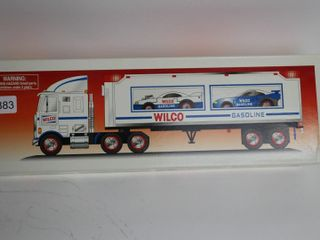 WIlCO GASOlINE TRUCK AND RACERS 14