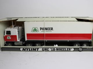 PIONEER TRUCK AND TRAIlER 21  NYlINT