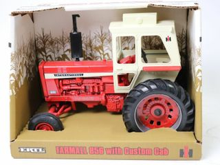 FARMAll 856 TRACTOR WITH CUSTOM CAB 1997 WINTER