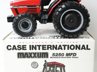 CASE INTERNATIONAl 5250 MFWD TRACTOR WITH DUAlS