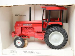 WHITE SPIRIT OF COCKSHUTT TRACTOR SCAlE MODElS