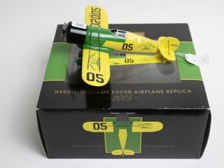JOHN DEERE WEDEll WIllIAMS RACER AIRPlANE BANK