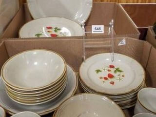 Design Six Stoneware Dish Set  30