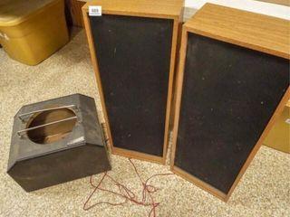 Speakers  2  Speaker Box