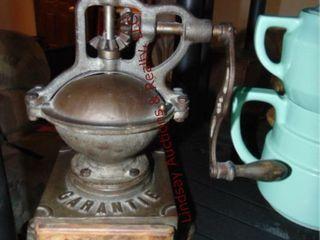 Garatie Cast Iron Coffee grinder 8 0  8x8x13