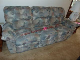 Couch  reclines  90 x 40 x 36