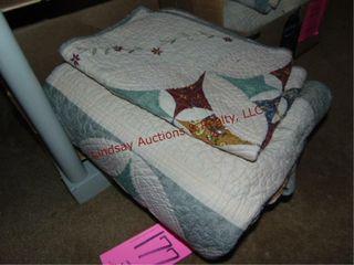 2 queen comforters
