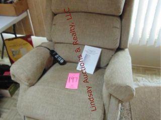 Ultra Comfort Powerlift recliner chair