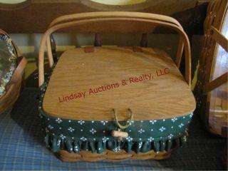1 longaBerger basket w  liner  lid   divider