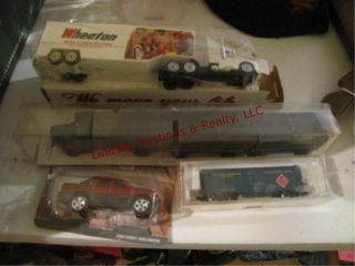 4 collectible toys  NIP 2002 Chevy Avalanche