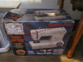 Denim machine Euro Pro 28 stitch functions