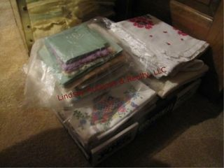 Flat of doileys  table linens   other