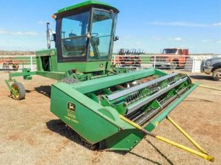 John Deere 3430 self  propelled swather