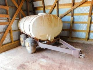 Wylie tandem axle  water tank  950 gallon
