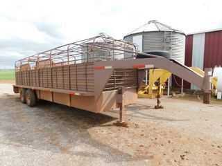 1994 Gooseneck 24IJx6IJ cage top stock trailer