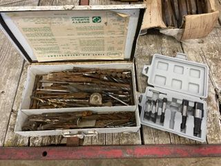 Large Sel of Drill Bits & Extractor Set