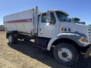 2000 Sterling Single Axle Silage Feed Truck