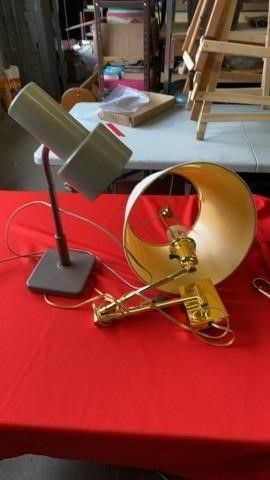 DESK lAMP AND WAll lAMP