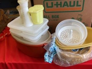 TUPPERWARE AND WICKER PAPER PlATE HOlDERS