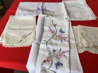 HAND STITCHED TABlE COVERINGS