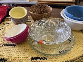 MANY BOWlS  GlASS AND PlASTIC AND PlATTER AND