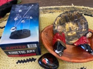 KINETIC ART NEW  ASIAN FIGURINES  WOODEN BOWl AND