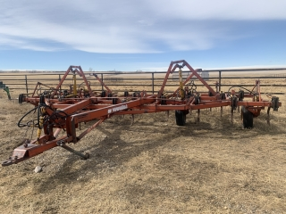 Bill Barnett – 559243 Alberta Ltd Unreserved Farm Machinery & Livestock Equipment