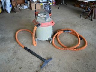 Ridgid 16 Gal  Wet   Dry Vacuum with Cart and