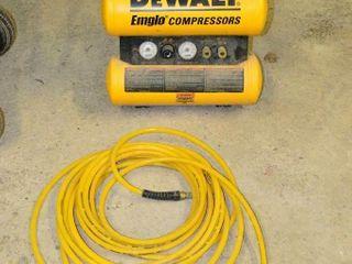 DEWAlT Emglow Compressor