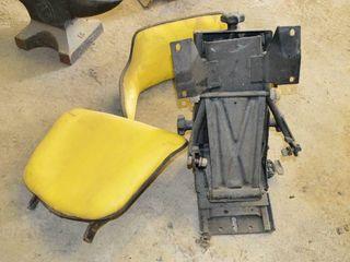 Used JOHN DEERE tractor seat