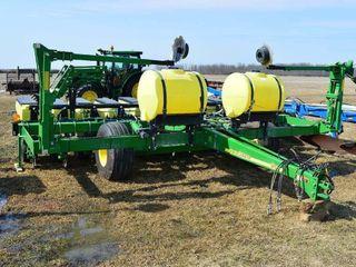 2013 John Deere 1780 Planter 11 Row
