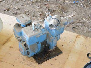 B   S Gas Powered Transfer Pump 2