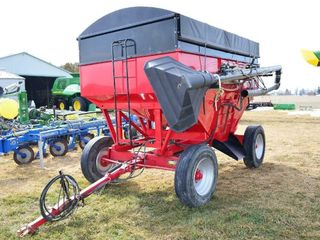Bruns 400 Gravity Wagon with Hyd  Auger