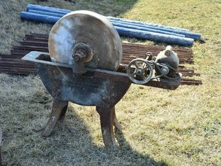 Old Wet Wheel Sharpener with 22  x 3  Stone