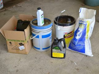 Grp  of Gear Oils   partial containers  Absorbent