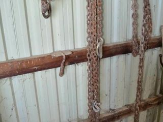 2  logging Chains and Clevis