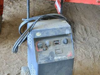 Snap On Fleet 200 Battery Charger