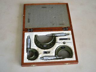 Mitutoyo Micrometer Set