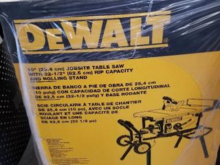 DeWAlT DWE7491RS 10  Jobsite Table Saw 32   1 2  R