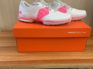 ladies Golf Shoes IJ Size 7 5