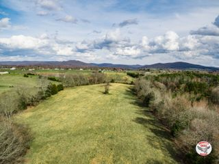 56+/- Acres in Tract
