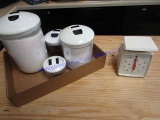 CANISTERS   SCAlE
