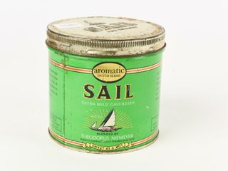 VINTAGE SAIl PIPE TOBACCO CAN