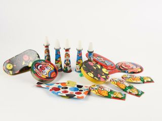 lARGE GROUPING OF VINTAGE PARTY NOISE MAKERS