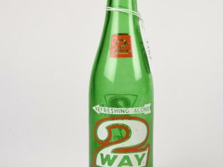 2 WAY BEVERAGE GREEN GlASS 10 OZ  BOTTlE   NO CAP