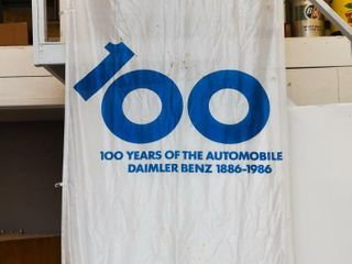 1986 100 YEAR AUTOMOBIlE DAIMlER BENZ NYlON FlAG